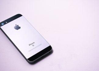 iPhone का मालिक कौन है?